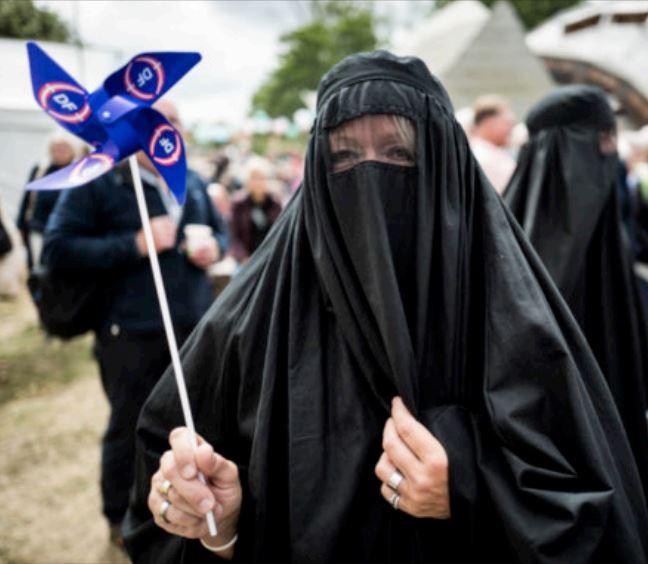 Burka_happening_billede5